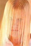 Blond mit dem nassen Haar Lizenzfreies Stockbild