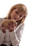 Blond mit inländischer roter Ratte Lizenzfreie Stockfotografie