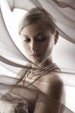 Blond mit nacklace Lizenzfreie Stockfotografie