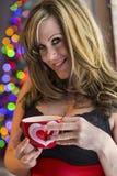 Blond modell Indoors i damunderkläder Royaltyfri Fotografi