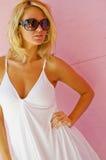 blond modemodell royaltyfria bilder