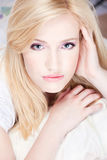 blond nätt kvinna Royaltyfri Fotografi