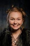 blond portreta uśmiechnięta kobieta Fotografia Royalty Free