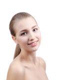 Blond skönhetstående av den unga kvinnan Arkivbilder