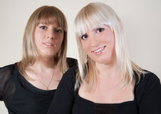 Blond und Brunette Lizenzfreie Stockfotos