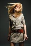 Blond vliegend haar Royalty-vrije Stock Foto's