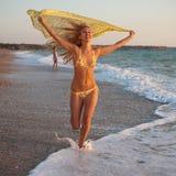 Blonde al mare Fotografia Stock