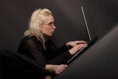 Blonde & laptop_3 imagem de stock