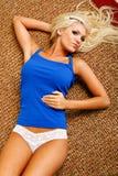 Blonde atractivo Foto de archivo libre de regalías