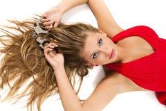 Blonde avec des menottes Photographie stock libre de droits