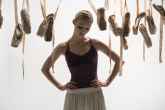 Blonde Ballerina- und pointeschuhe Stockfotografie
