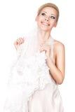 Blonde Braut mit einem Schleier. Lizenzfreie Stockfotos
