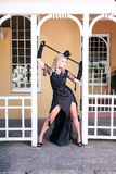 Blonde con el vestido negro Foto de archivo
