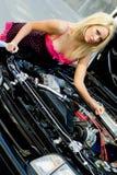 Blonde dell'automobile sportiva Fotografia Stock Libera da Diritti