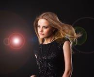 Blonde della ragazza di Dancing Fotografie Stock