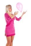 Blonde di fascino con un aerostato Fotografia Stock Libera da Diritti
