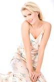 Blonde di flirt in pigiami Fotografie Stock