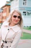 Blonde emocional .outdoor Foto de archivo libre de regalías