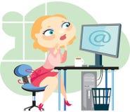 Blonde en computer Royalty-vrije Stock Fotografie