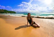 Blonde en la playa Fotografía de archivo
