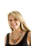 Blonde en sonrisa negra y collar de la alineada Fotos de archivo libres de regalías