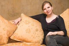 Blonde erwachsene Frau Lizenzfreie Stockfotografie