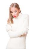 Blonde Frau auf Wintermode Lizenzfreie Stockfotografie
