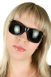 Blonde Frau in den Sonnenbrillen Lizenzfreie Stockfotos