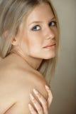 Blonde Frau der blauen Augen Stockbilder
