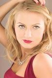 Blonde Frau der Schönheit Stockbild