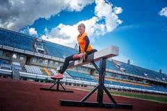 Blonde Frau in der Sportkleidung Lizenzfreie Stockbilder