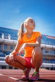 Blonde Frau in der Sportkleidung Lizenzfreies Stockbild