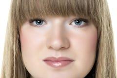 Blonde Frau des Gesichtes Stockfoto