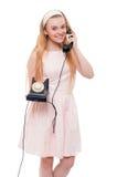 Blonde Frau im rosa Kleid lokalisiert Stockbilder