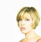 Blonde Frau mit Bob-Schnitt Stockbild