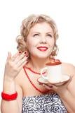 Blonde Frau mit Cup Stockfotografie