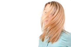 Blonde Frau mit dem Wind in ihr Lizenzfreie Stockfotos
