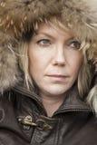 Blonde Frau mit schönen blauen Augen Stockbild