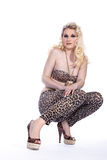Blonde Frau mit Schuhen Lizenzfreie Stockfotografie