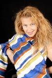 Blonde Frau mit Streifen Lizenzfreie Stockfotografie