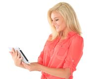 Blonde Frau mit Tablette Lizenzfreies Stockbild