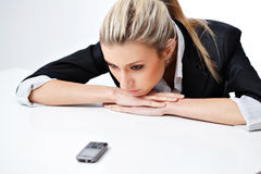 Blonde Frau mit Telefon Stockbilder