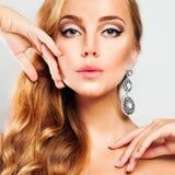 Blonde Frau Schönes Gesicht Blondes Haar Stockfotos