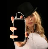 Blonde Frauen-Holding MP3 Stockfoto
