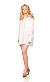 Blonde Frauen im weißen Hemd Lizenzfreie Stockfotografie