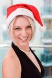 Blonde Frauen mit Sankt-Hut Stockfoto