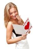 Blonde Frauenlesepostkarte Stockbilder