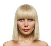 Blonde Frisur der Schönheit Lizenzfreies Stockfoto