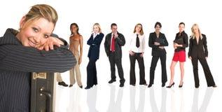 Blonde Geschäftsfraustellung Lizenzfreie Stockbilder