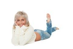 Blonde hermoso en el piso Fotos de archivo libres de regalías